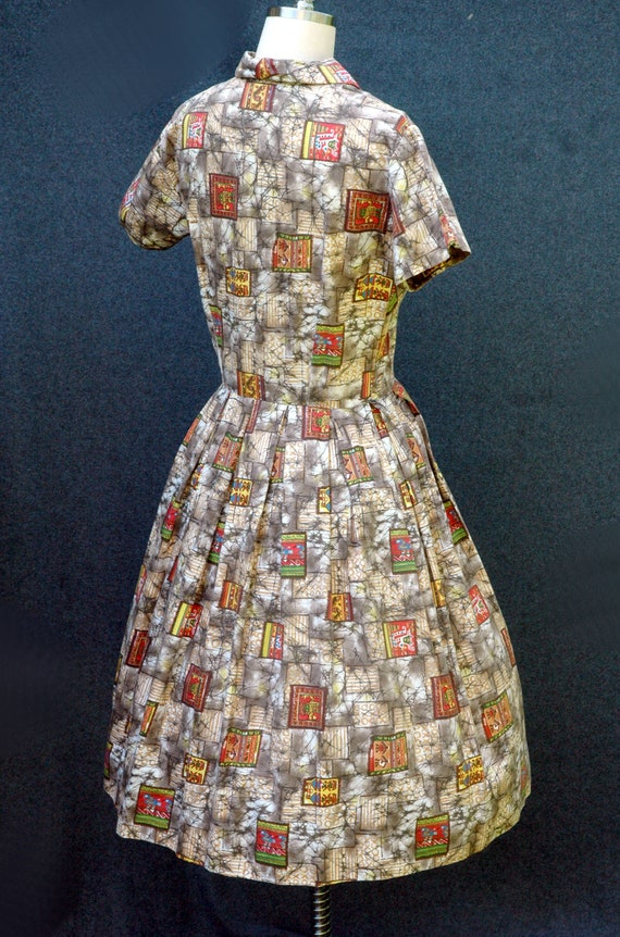 Vintage 1950s Novelty Print Dress - image 3
