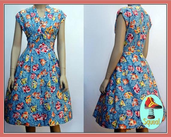 Vintage 1950s Rose Print Cotton Dress