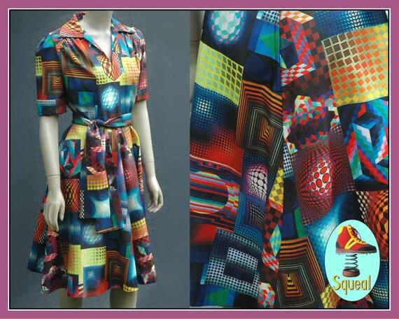 Vintage 1960s Psychadelic Op Art Dress