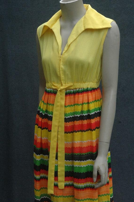 Vintage 1960s Yellow Psychadelic Maxi Dress - image 4