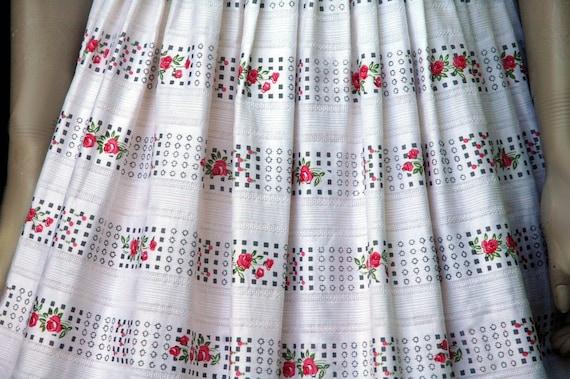 Vintage 1950s Cotton Rose Print Dress (small) - image 9