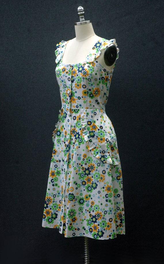 Vintage 60s does 40s Floral Dress - image 2