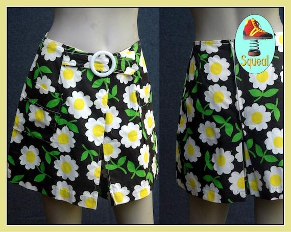 Vintage 1960s Flower Power Mini Skirt Shorts