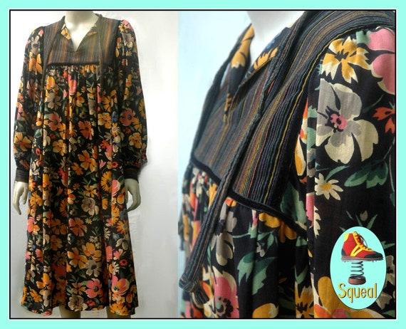Vintage 1970s Floral Dress / 1970s Boho Dress / 19
