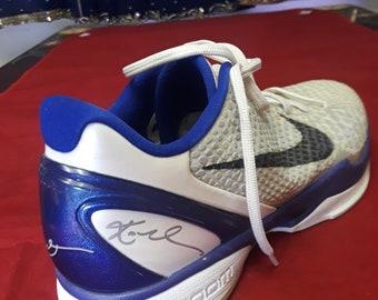 352cf6e350e Nike Promo Sample Venomenon 2010 Kobe Bryant Single Shoe Signed