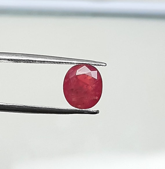 Natural Red-Pink Spinel Faceted Oval Shape Gemstone 3.10Cts 9.70X7.50X5.00 mm AAA Spinel Gemstone Jewelry Stone B228