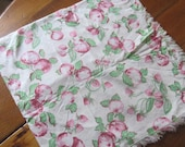Vintage Authentic 1930 39 s Apples Cotton Feedsack Green and Red Pink 33X34 quot