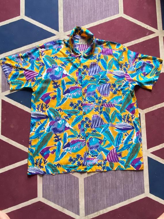 Vintage Hawaii shirt rayon all over print Hawaii S