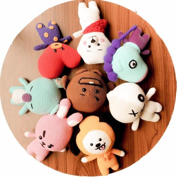 Jual RJ BTS BT21 Talk Amigurumi Boneka Rajut Crochet Doll Keychain ... | 570x570