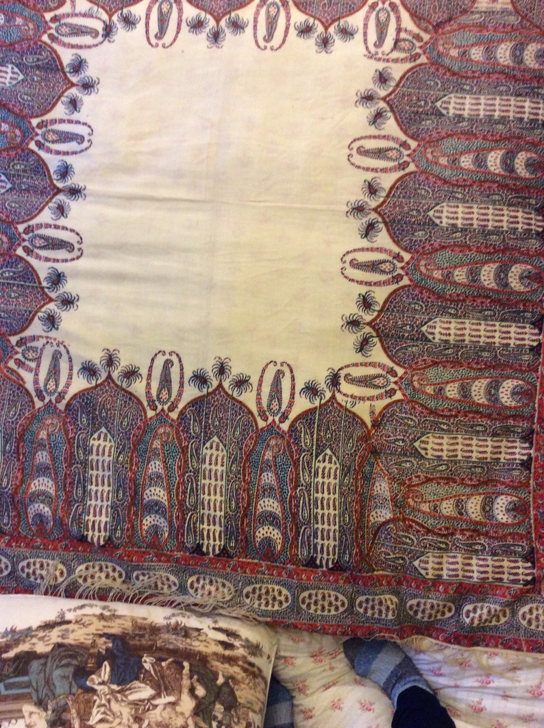 lovely Antique Printed Paisley shawl 19thc  hand block printed in exquisite detail .