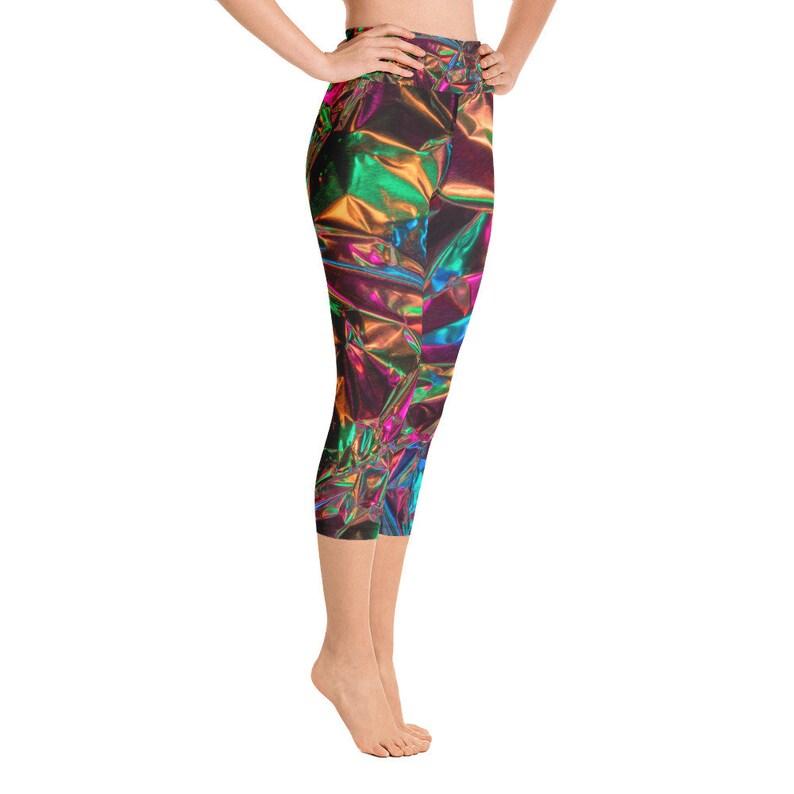 Yoga Capri Leggings Broach