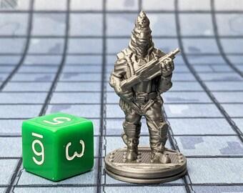 Trelzuls the Bounty Hunter Miniature Cyberpunk Warhammer Starfinder 28mm 32mm Wargaming Sci-Fi RPG Tabletop Games