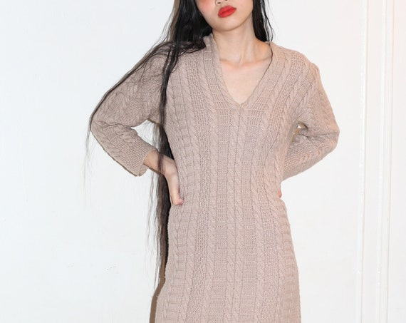 RARE vintage early 1950's light taupe tan hand knit cable knit v neck homemade midi length long sleeve sweater dress frock tunic