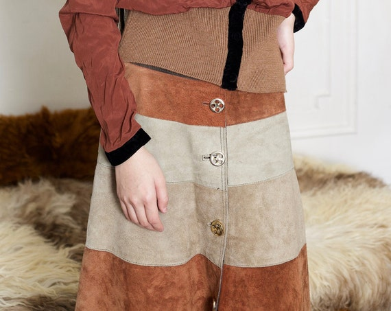 Darling mod vintage 1960's brown scale suede leather soft textured tans and browns button front A line high waisted below the knee skirt