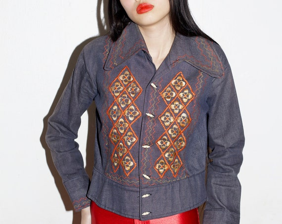 Beautiful 60's dark wash blue cotton denim yellow orange embroidered floral boxy semi-cropped button front jacket blazer