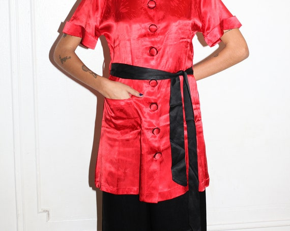 RARE late 30's red black satiny Chinese souvenir dagger collar beach pajama wide pant short tunic button up blouse two piece suit set co ord