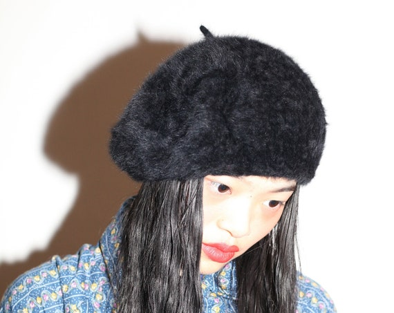 Textural vintage 1960's classic black angora fluffy soft chic minimal basic warm cozy winter fall cold weather hat cap beret
