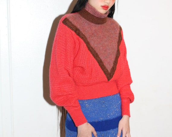 Striking vintage retro 1980's Italian wool red brown knit geometric puff sleeve mock neck turtle neck fluffy fuzzy blouse sweater pull over