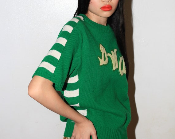 Most fun 40's-50's knit kelly green striped monogram wool short sleeve hand knit blouse tee tshirt sweater pullover jumper