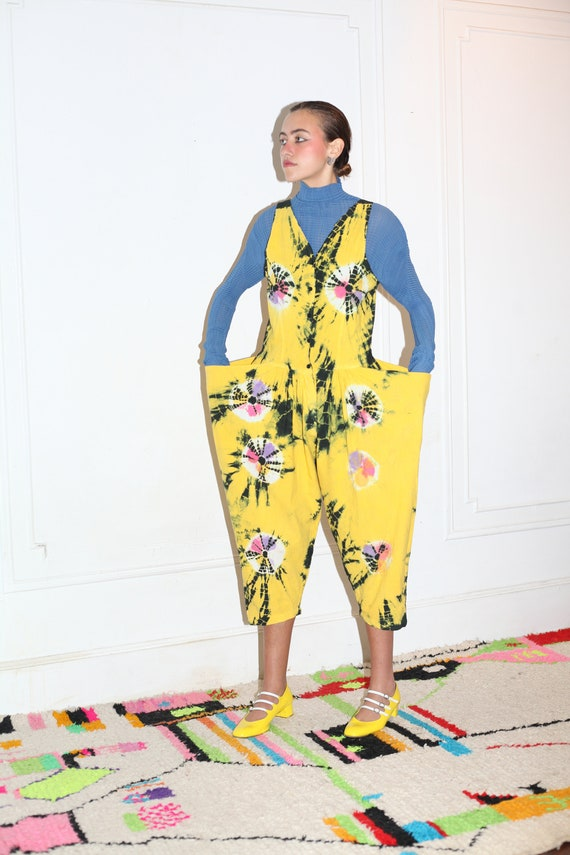 Avant garde 1980's designer cotton yellow black tie dye structured giant bucket pocket all season layer-able jumpsuit romper overall