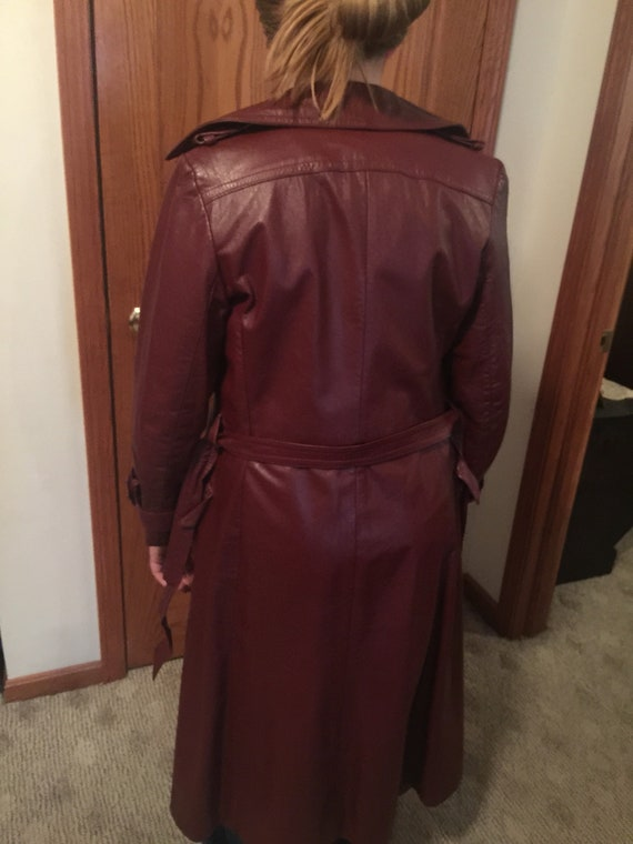 Long leather trench 70's! - image 2