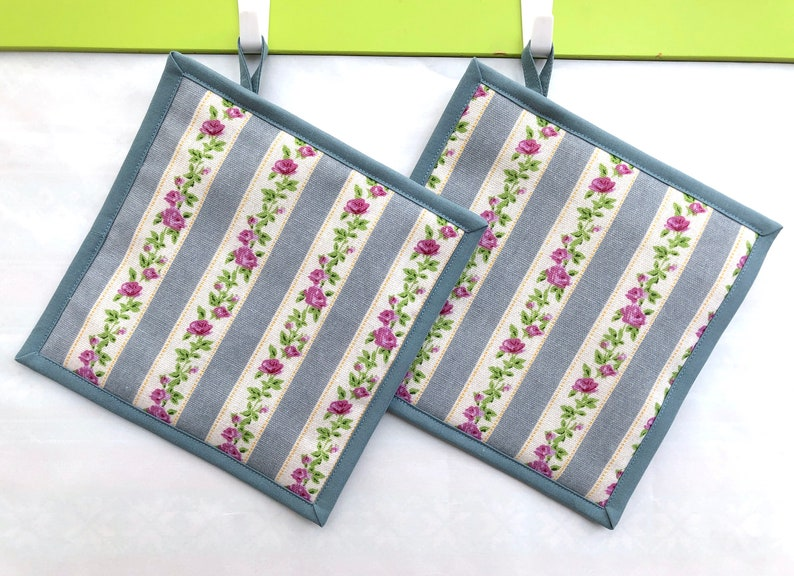 Roses and Stripes Pot Holders  Linen Kitchen Mat  Hot Pad  Set of 2
