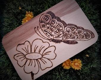 Anja the Little Butterfly-Breakfast boards in fire painting