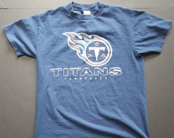 409bcad4a Vintage NFL Tennessee Titans Tshirt -- Vintage Unisex Tshirt