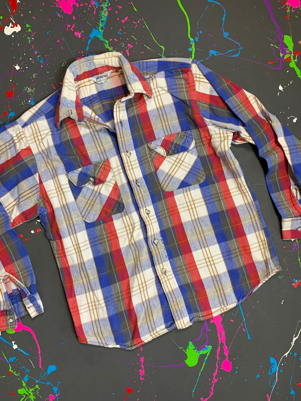 1970s Mens Shirt Styles – Vintage 70s Shirts for Guys Vintage 70S Five Brother Plaid Flannel Shirt Size Large $0.00 AT vintagedancer.com