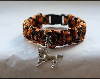Silver horse charm bracelet - jewel for horse lovers