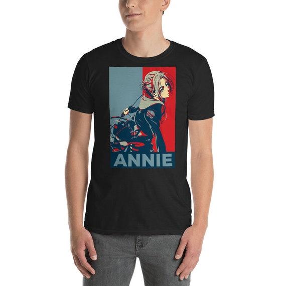 Annie Leonhart n'attaque T-Shirt, Shingeki aucun cadeaux Kyojin, n'attaque Leonhart sur Titan chemise, cadeau pour SNK amoureux, cadeaux de l'Anime, Otaku Tee 8d64ca