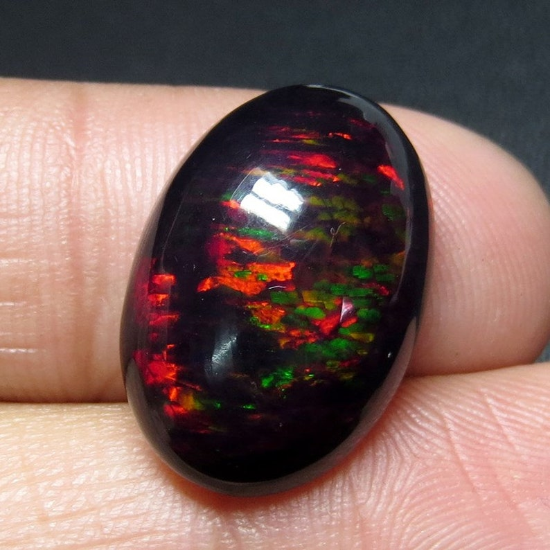 11 Cts 100/% Natural AAA Quality Ethiopian Black Opal Fire Cabochon Beautiful Color Black Opal Gemstone Size 21x14x8 Oval Shape
