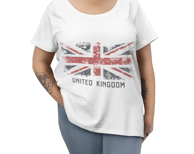 Cool UK - Women's Curvy Tee With Worn, Vintage Inspired Image Of The United Kingdom's Flag.