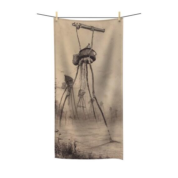 War Of The Worlds, 5 of 6, Bath Towel, Vintage 1906 Illustration, H.G. Wells