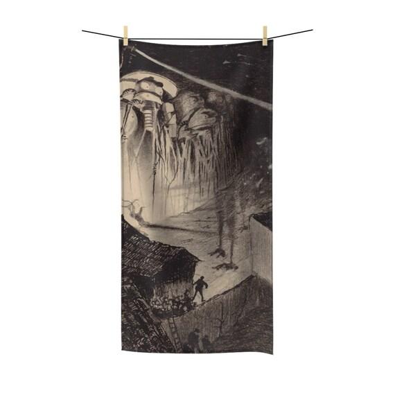 War Of The Worlds, 1 of 6, Poly-cotton Bath Towel, Vintage 1906 Illustration, H.G. Wells