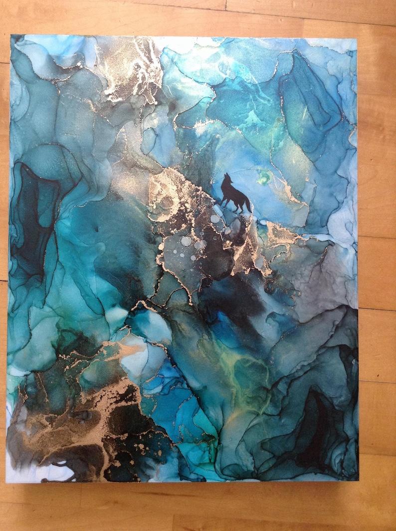 alcohol ink art, art resin on wood, epoxy resin wall art, alcohol inks on  wood whit resin epoxy, modern art, wolf 14x11x1 5/8inchs