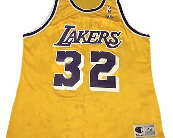 042580d9dd9 Vintage LA Lakers Magic Johnson Jersey