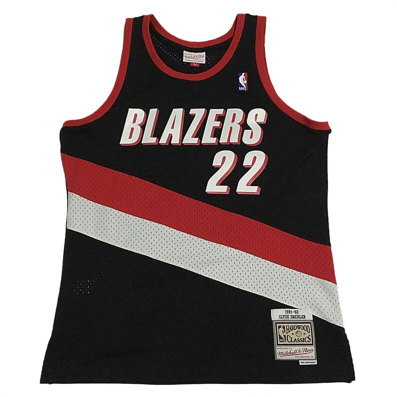 premium selection 1c9e3 1294d Portland Trail Blazers Clyde Drexler Jersey