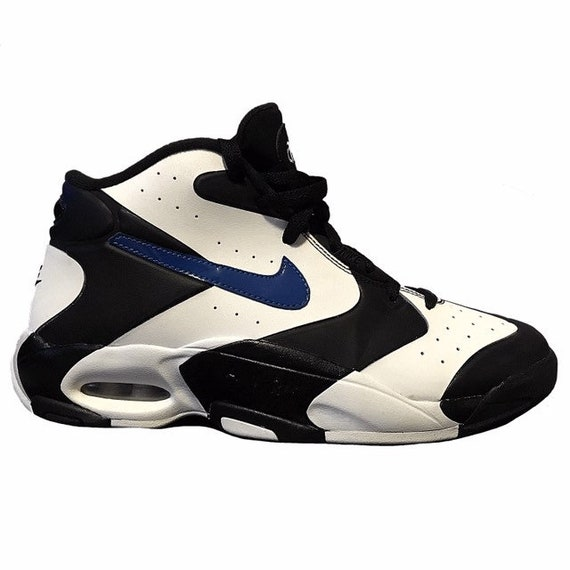 This Nike Air Max Penny 1 Honors Hardaway's Days with the