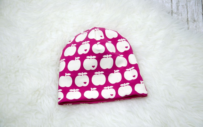 Beanie Wendebeanie children's hat pink apples image 0