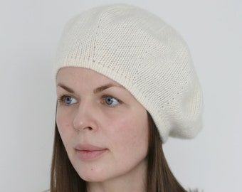 b5c7741af54c3 Pure Italian cashmere ivory white hand knitted women s french beret  Verafovere