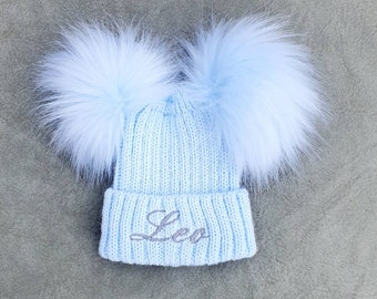 PERSONALISED INITIAL Kids Boys Girls Beanie Wolly hat Xmas Gift Persent pom pom