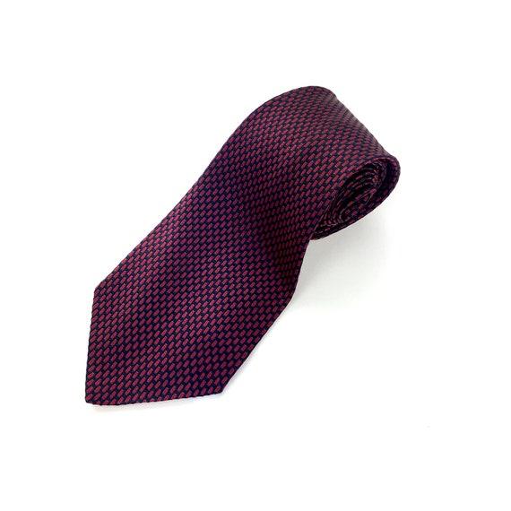 100% SILK vintage tie. Dark red/burgundy and navy.