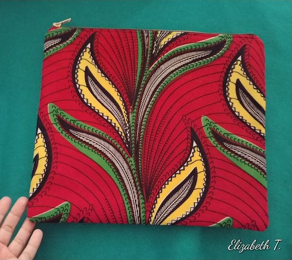 Lina the 11x13in zippered pouch