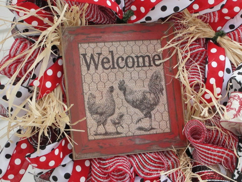 Chicken Welcome Sign Wreath