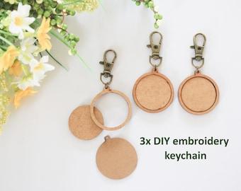 DIY 3x Mini Wooden Embroidery Keychain Hoops, Hoop for Cross Stitch, Small Hoops, Mini Hoops Pendants, Mini Round Wooden Hoop, Tiny Hoop