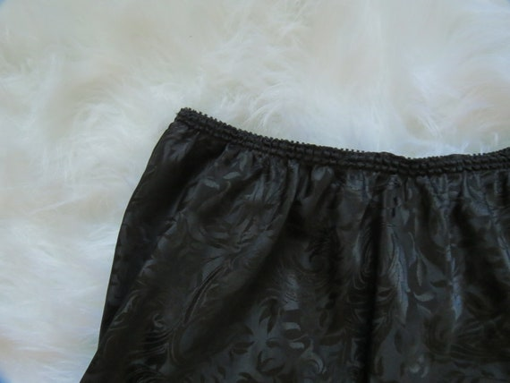 Vintage Lucie Ann Black Slip - image 4