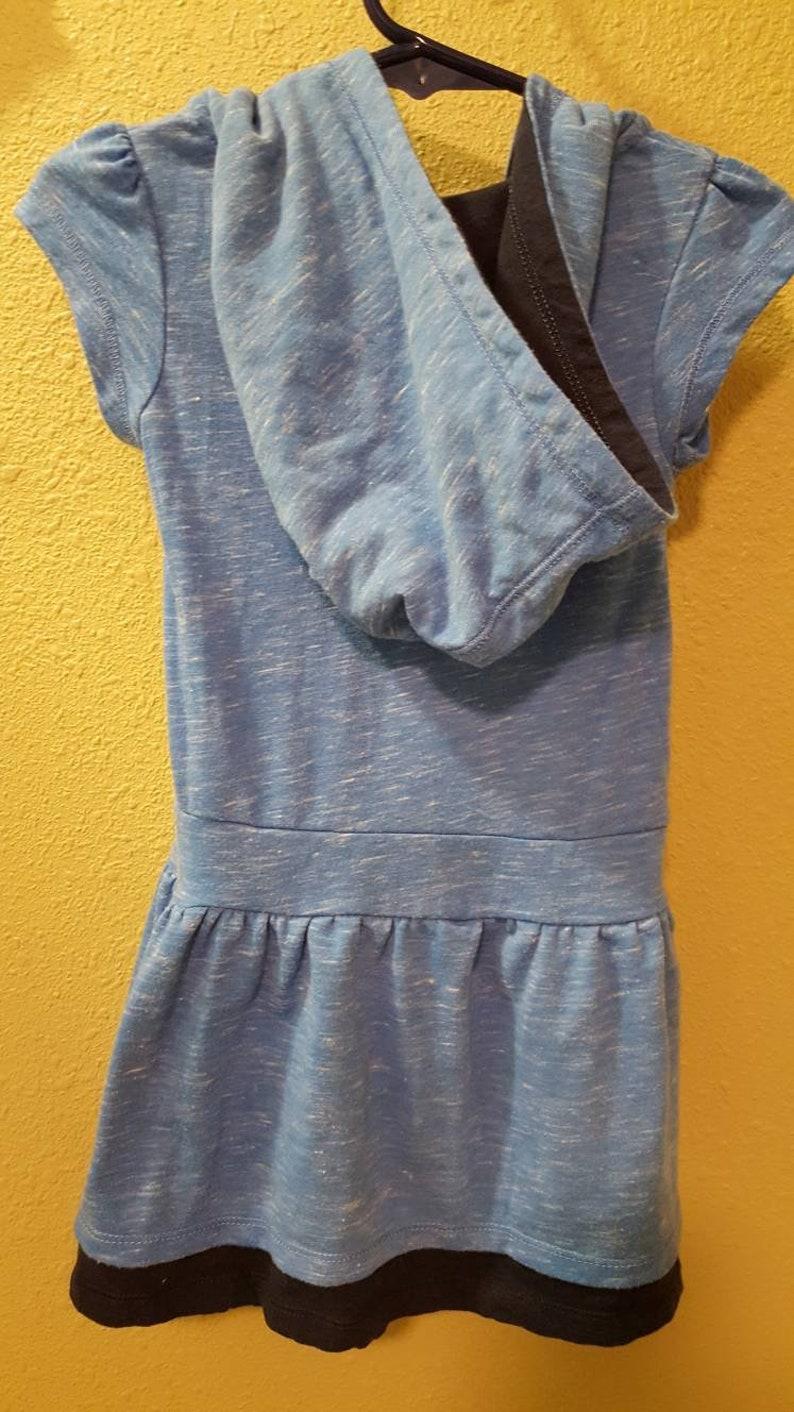 Vintage UNC University of North Carolina 2T Toddler Hooded Shirt Short Sleeve with Ruffled Skirt Blue /& Navy Hoodie
