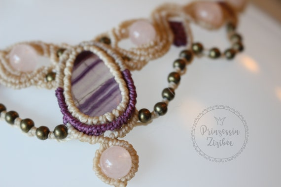 Micro Macrame Statement Collier with banded Agate