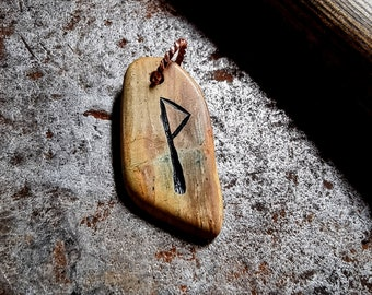 Hand Made Wunjo Joy Rune Viking Pendant Orkney stone